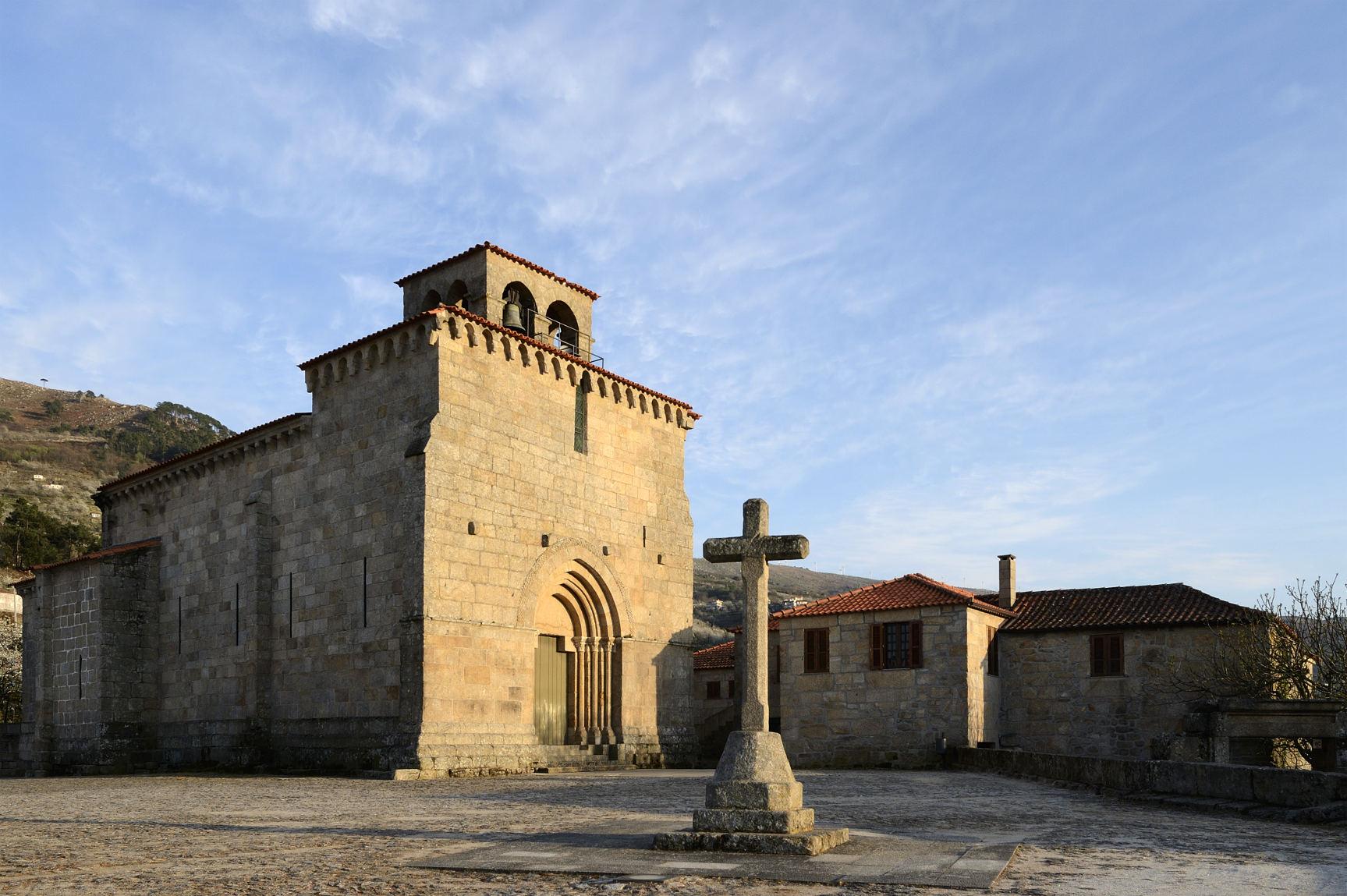 30_Igreja de São Martinho de Mouros